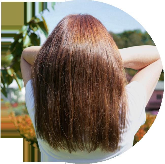 Glänzendes Haar, Haarkur, gesunde Haare. Naturfriseur.